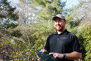 Jason-Somerville-modern-landscaping-and-commercial-landscaping-manager