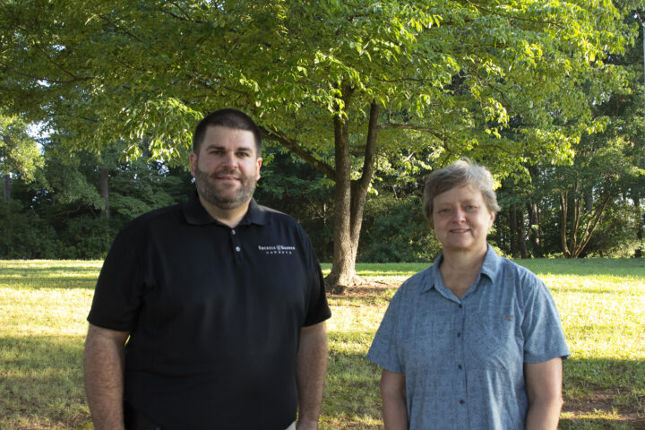 professional landscaping services near me - FGC President Julie and VP Mark IMG